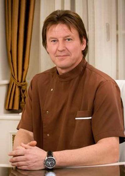Dr. Zoltán Schneider