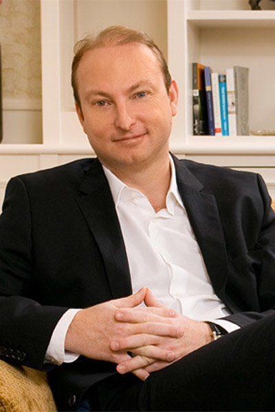 Dr. Ádám Szeredi